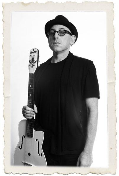 joegore_plastic_guitar1